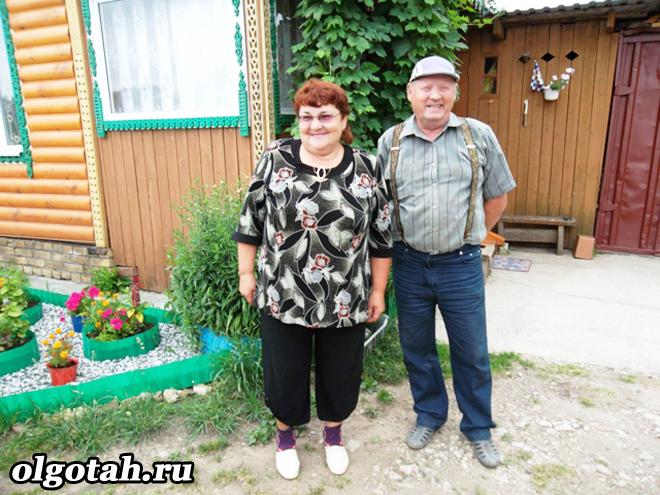 Пенсионеры на даче
