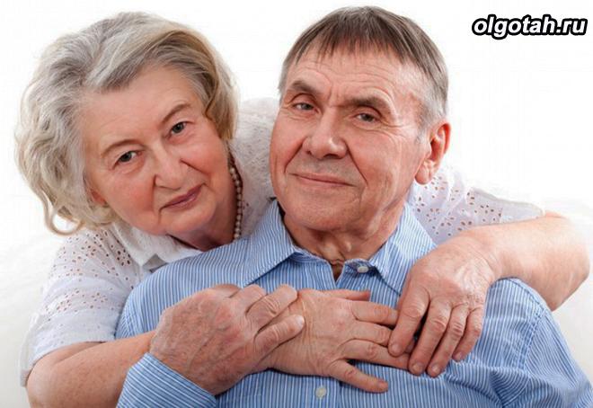 Семейная пара пенсионеров