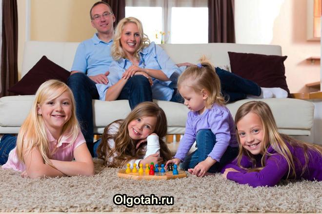Многодетная семья в квартире